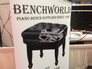 Stopped to talk to Michael at Benchworld about their new hydraulic adjustable leather artist bench